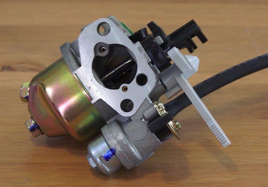 暖車是源自於較早的化油器引擎無法依環境自動改變噴油量,才需進行的動作。  截自Engineering Explained影片