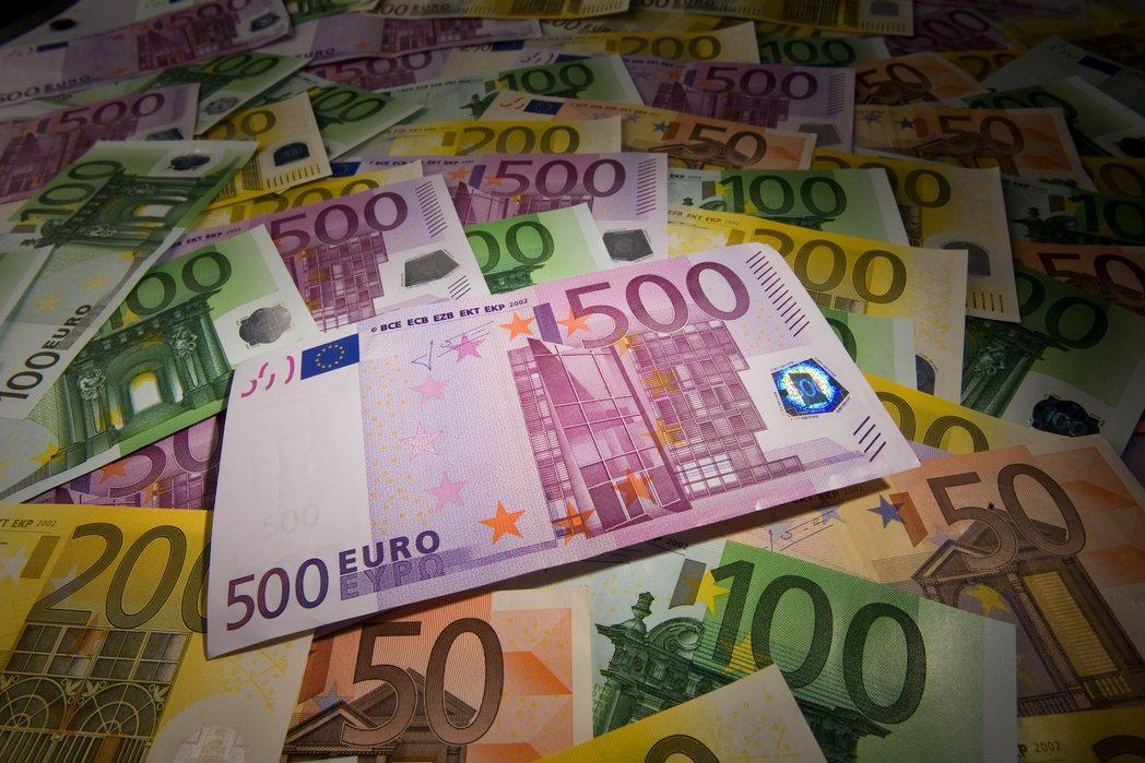 他說歐元可能在十年內消失! 除非...01-11 16:34694
