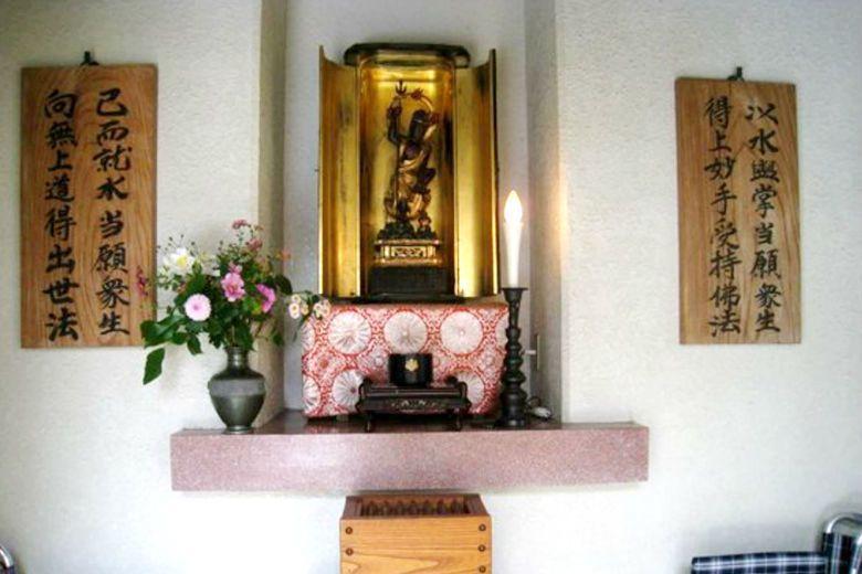 日本人對廁神文化相當重視,除了花子的信仰外,也有專門供奉廁神的神社。圖為高岡瑞龍市供奉佛教廁神鳥樞沙摩明王之神社。 圖/tripadvisor