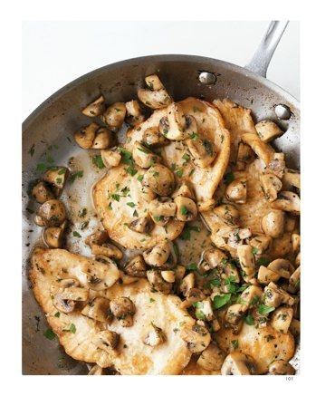 雞肉蘑菇Chicken with SautéedMushrooms 圖/...