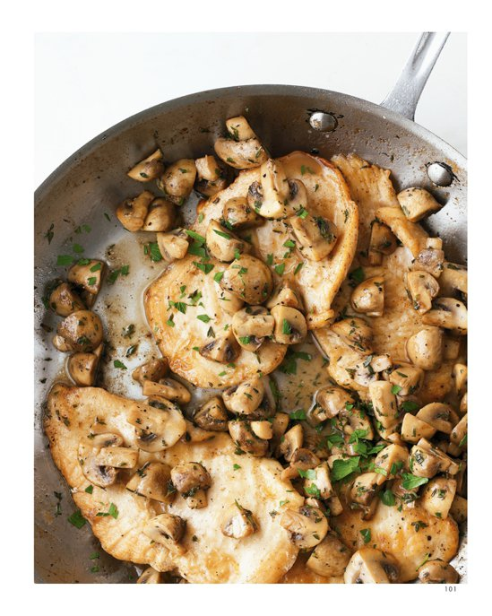 雞肉蘑菇。 圖/摘自如何出版《優雅上菜!全美第一主婦瑪莎史都華的單鍋料理》