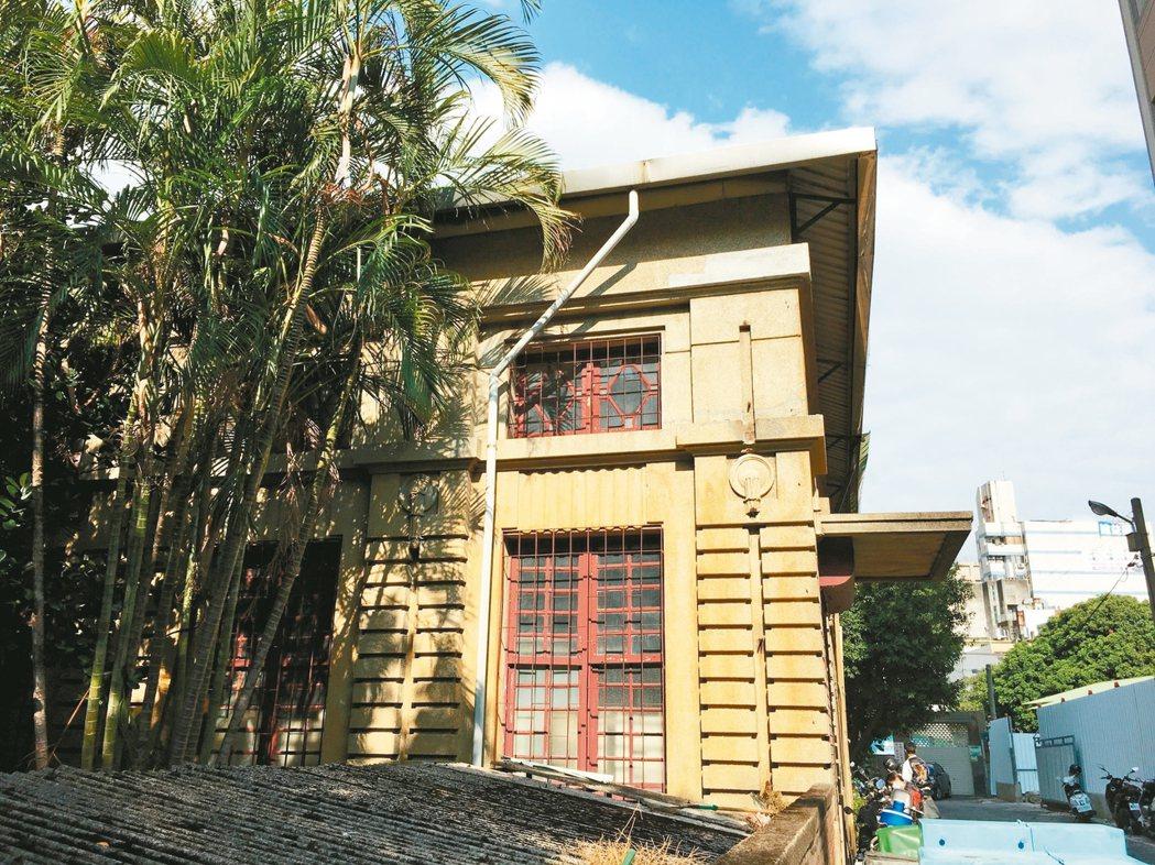 新竹州圖書館興建於1925年,後來被新光集團買下,成為私有建築。 聯合報系記者蔡...