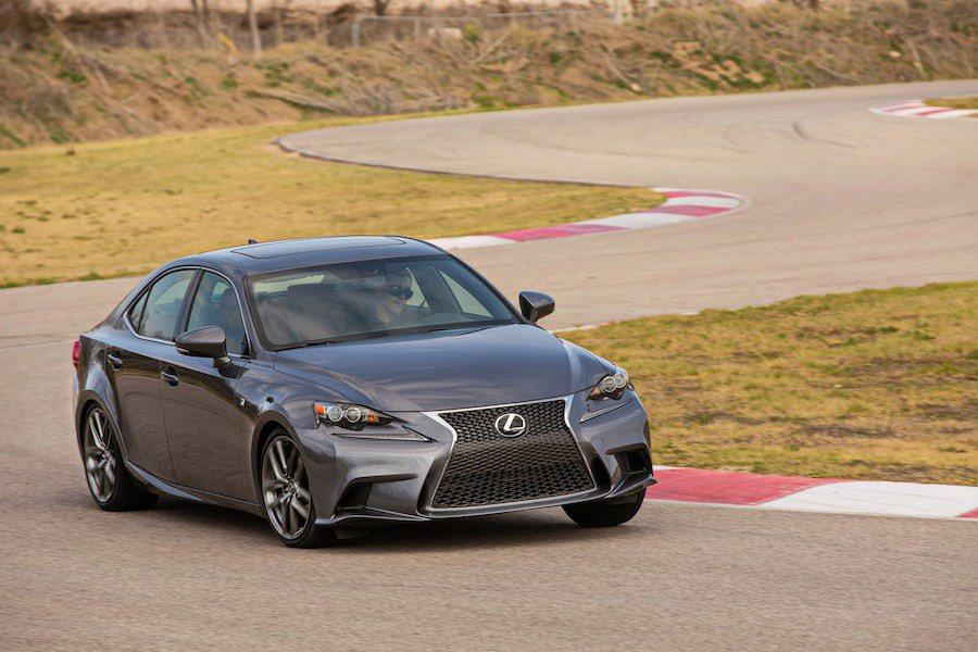 Lexus在美國開辦性能車駕駛訓練課程。 Lexus提供