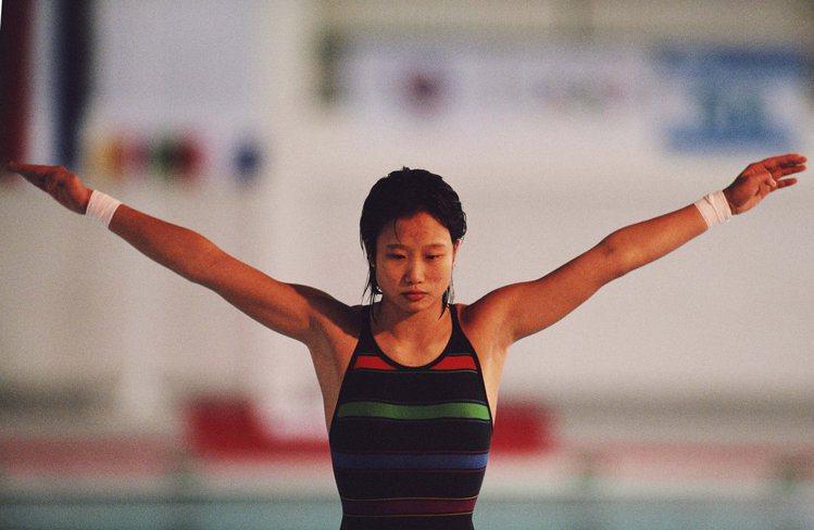 1988年,中國運動員許豔梅在漢城奧運會上奪得女子跳台跳水冠軍。圖文:悅己網