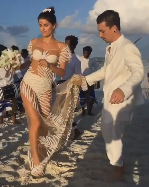 Isabeli Fontana穿上特製婚紗與Diego Ferrero在馬爾地夫...