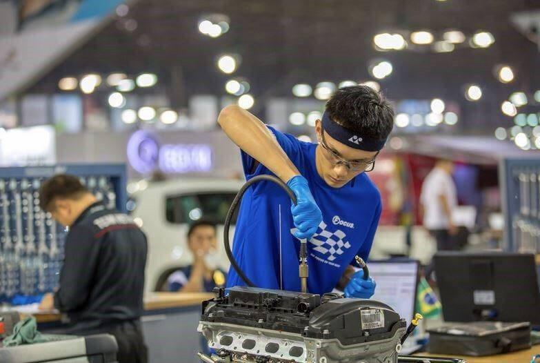 汽車技術國手曾品浩,替台灣拿下世界銅牌。 圖/作者提供
