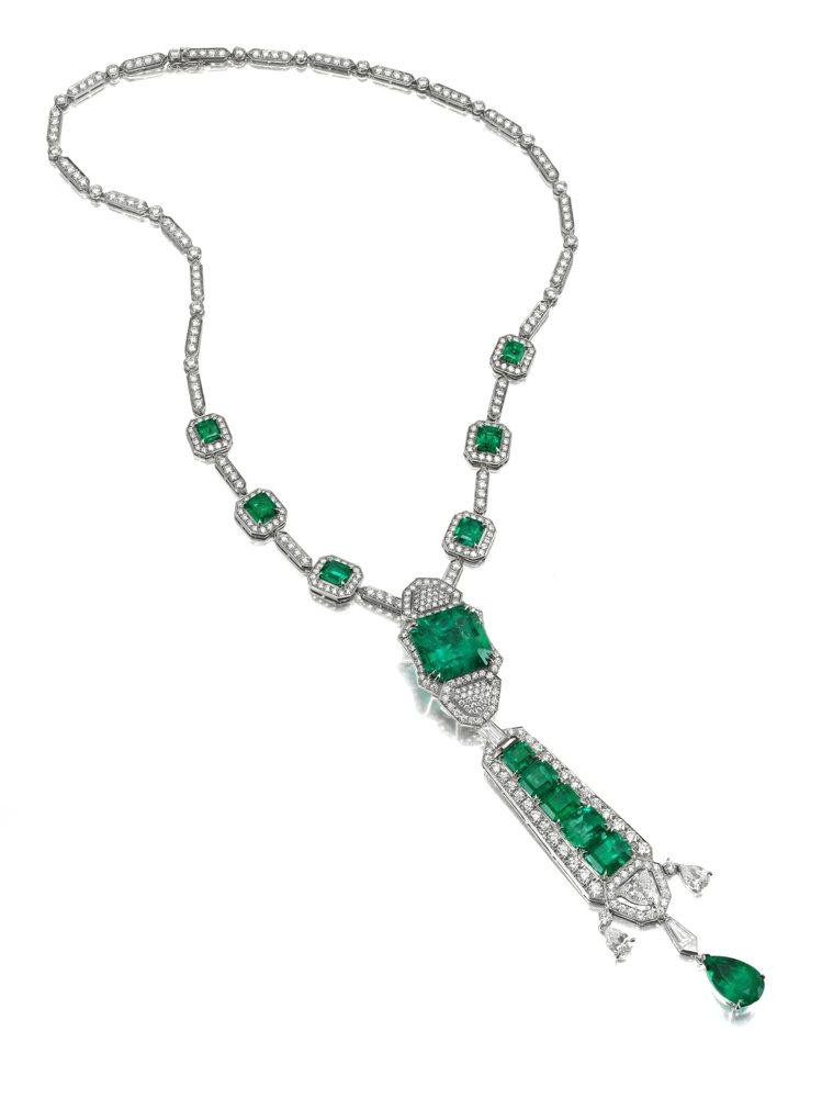 ANNA HU爵士琴鍵祖母綠套鍊。圖╱ANNA HU提供