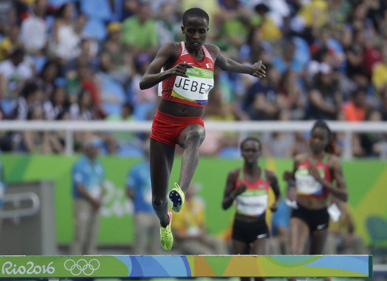 原籍肯亞的田徑女將Ruth Jebet,在3000公尺障礙賽為歸化國巴林奪得該國...
