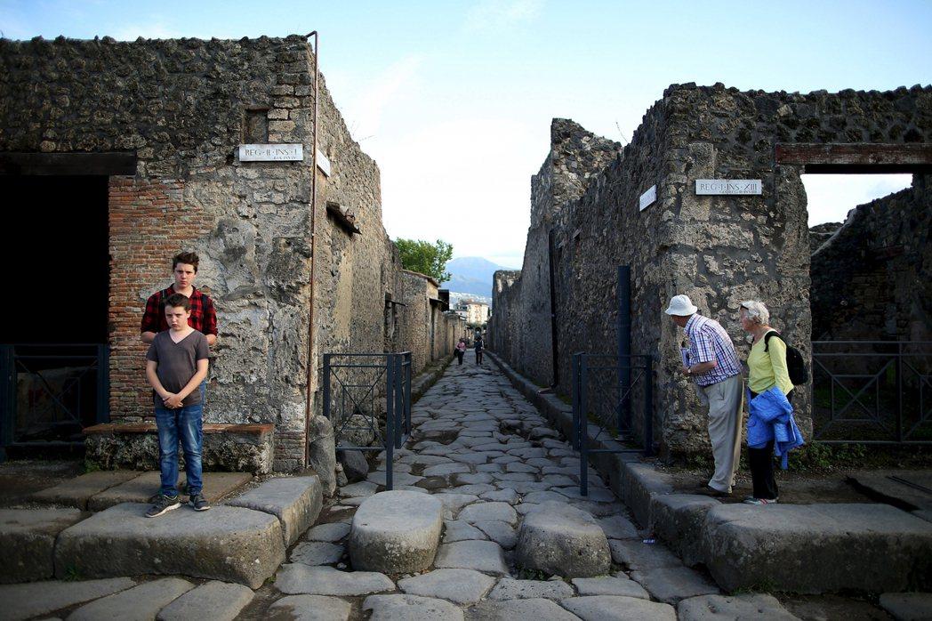青年文化消費券,也可用於世界遺產與國家公園的入產費。圖為龐貝城遺跡。 圖/路透社