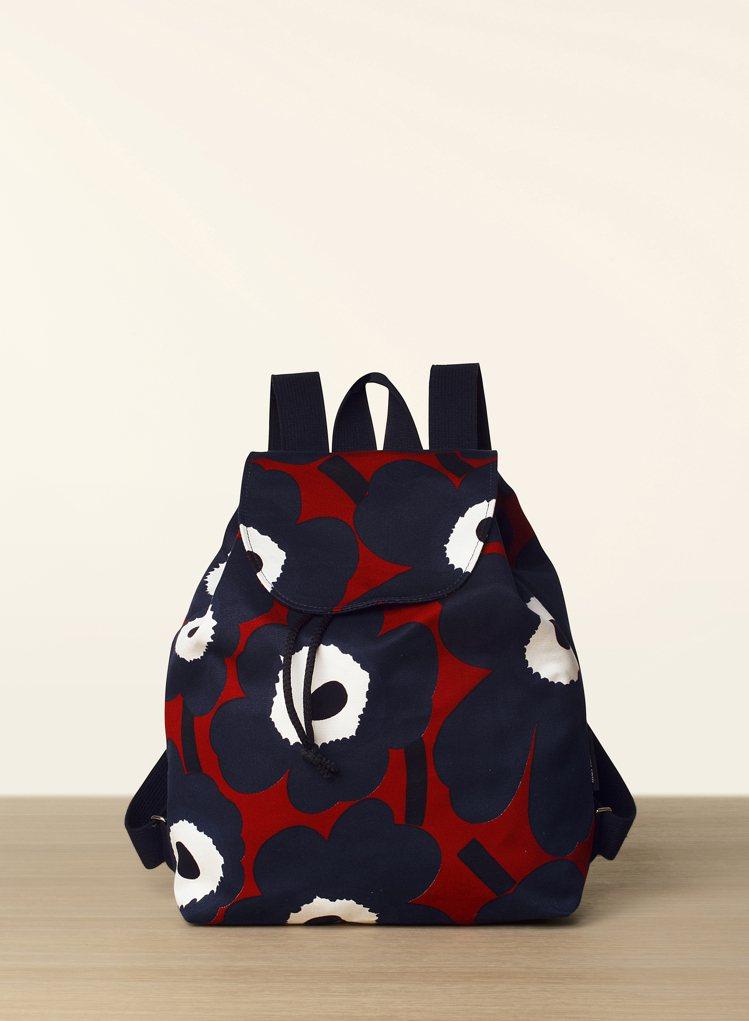 Marimekko罌粟花後背包,5980元。圖/永三提供
