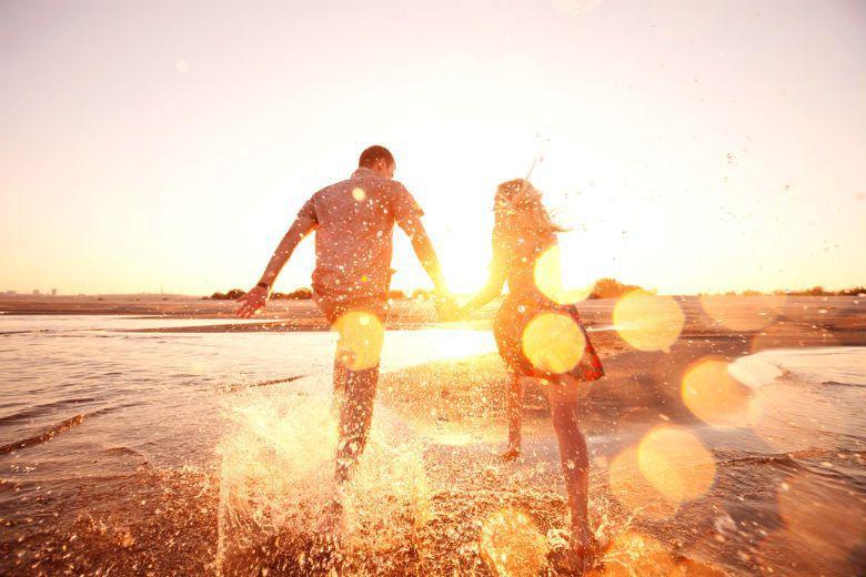 只有真的準備好了「兩個人一起」,我們接受自己永遠不可能完美,才終於可以告別這個無...