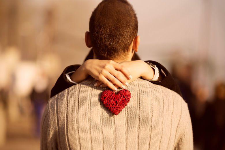 「無能維繫關係的世代」喜歡他人,卻只愛自己;願意聽別人說話,但不願意讓別人聽到自...