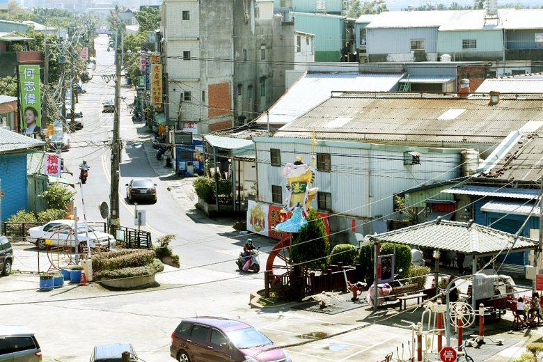 社子島居住品質的相關問題的確應儘速解決,但解決方案絕不必然是以推土機剷平一切的開...