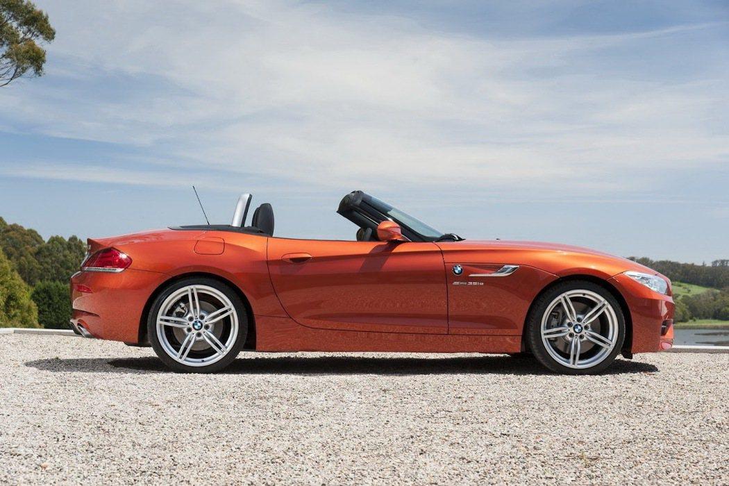 BMW Z4。 摘自carscoops.com