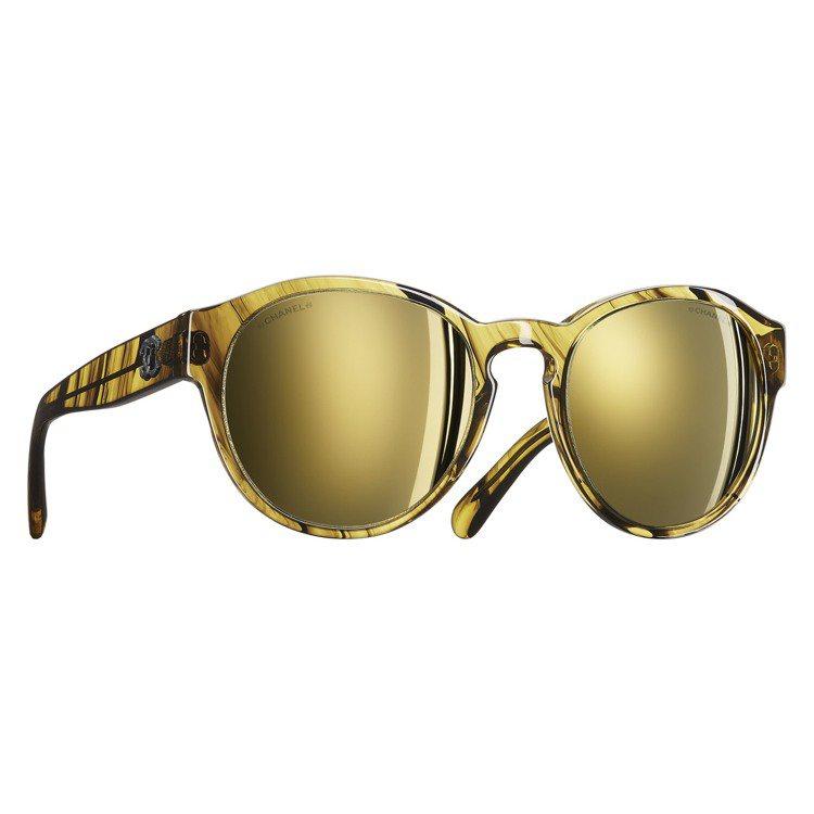 香奈兒URBAN CHIC系列眼鏡。圖/品牌提供