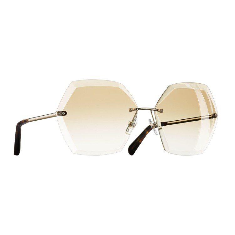 香奈兒VINTAGE系列眼鏡。圖/品牌提供