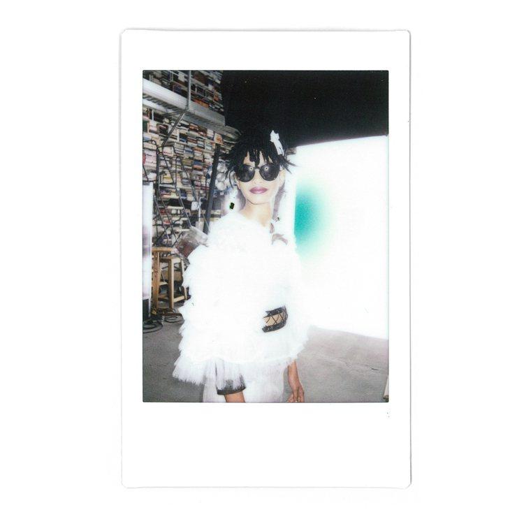 15歲葳蘿史密斯代言香奈兒2016/17秋冬眼鏡系列。圖/品牌提供