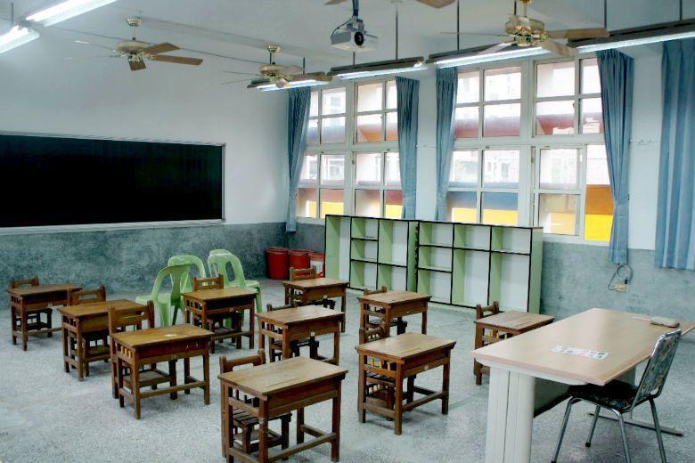原定安置許厝分校學童的豐榮國小,雖已準備好教室,開學當日卻無學生前往報到。 攝影/姜宜菁