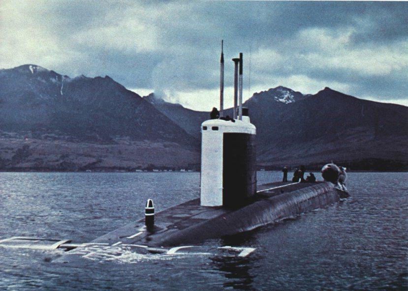 1979年位於蘇格蘭西南克萊德灣(Firth of Clyder)法斯蘭海軍基地...