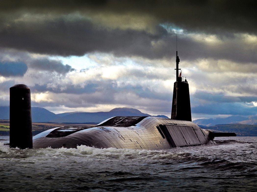 英國「先鋒級」潛艦「先鋒號」(HMS Vanguard S28)。 圖/歐新社
