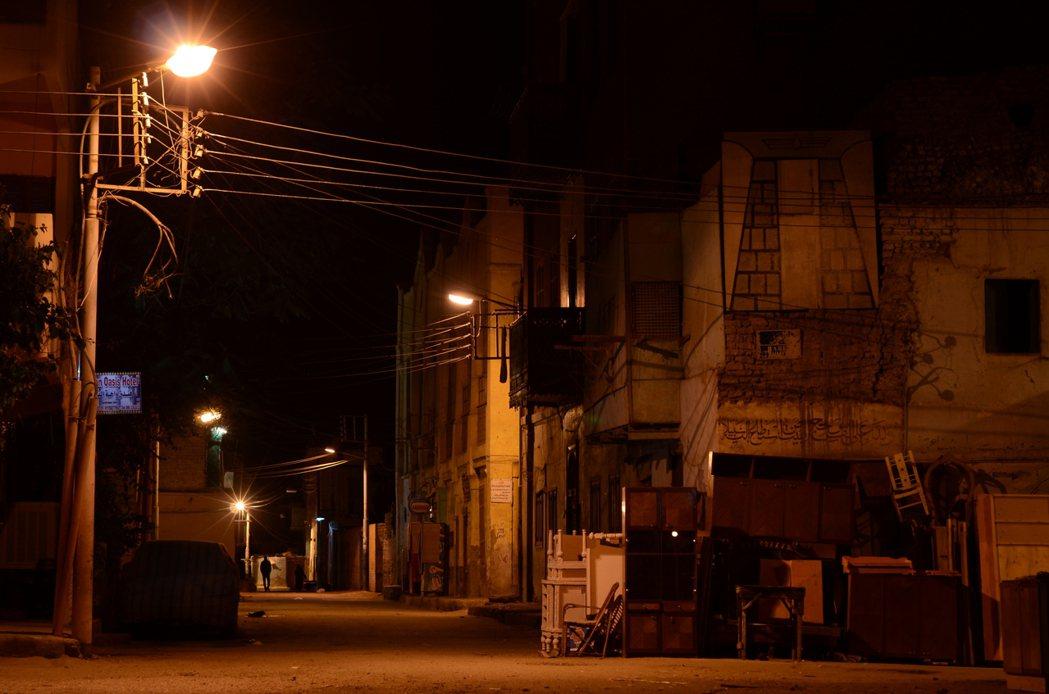 盧克索的除夕夜,讓我的埃及故事走入了意想不到的轉折。 圖/作者李易安提供
