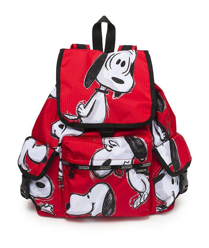 紅色手繪風多口袋後背包,7350元。圖/LeSportsac提供