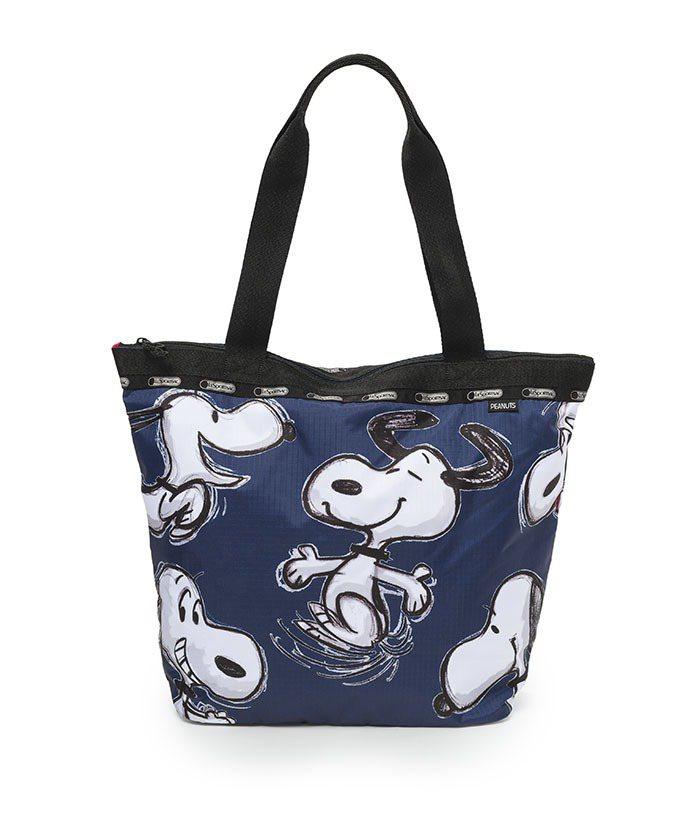 藍色手繪風托特包,4500元。圖/LeSportsac提供