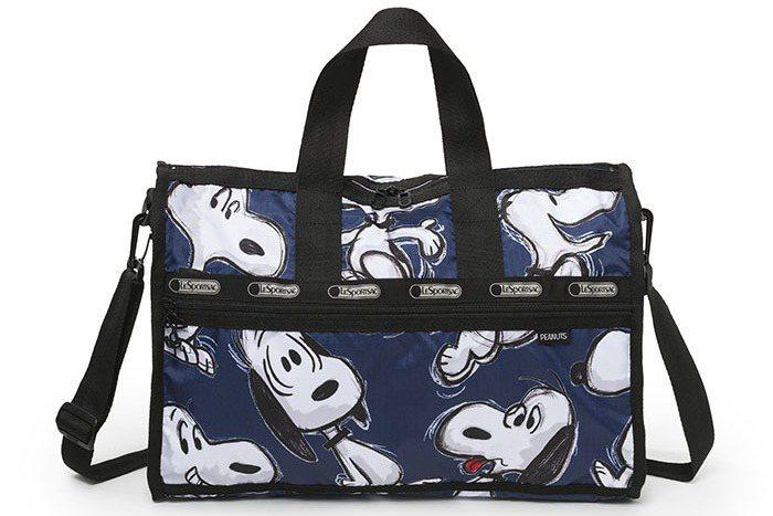 手繪風中旅行袋,6550元。圖/LeSportsac提供
