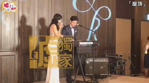 林心如的妹妹feat周興哲在婚禮上合唱「屋頂」姊姊是戲劇天后,那妹妹要不要考慮往音樂界發展???