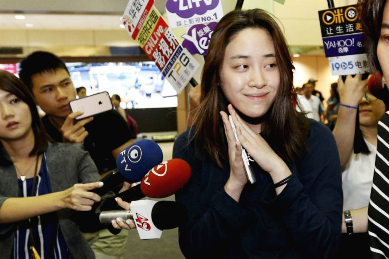 台灣電視新聞充斥「三器」報導、八卦話題、業配新聞,長年來破壞的不只是新聞娛樂化,...