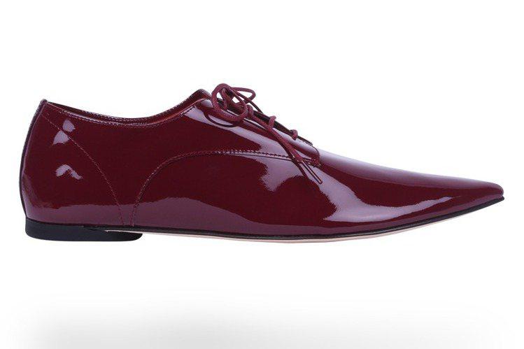漆皮尖頭牛津鞋,售價14,700元。圖/Repetto提供