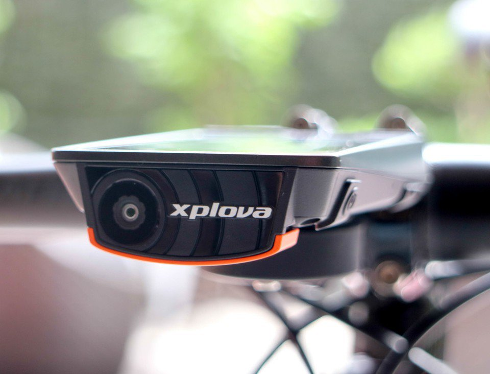 Xplova X5內建相機,按下錄影鍵就可拍攝3秒影片,也能依據心跳變化等6種組...