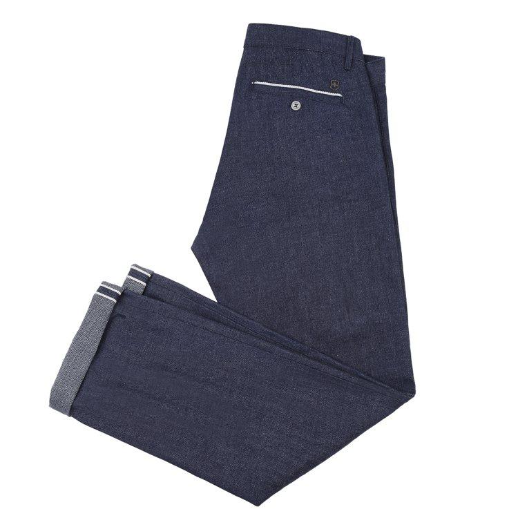 Victorinox Mercantile限量版牛仔褲,7,800元。圖/Vic...