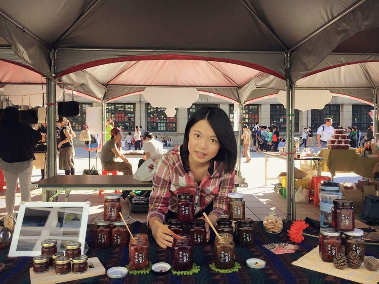 25歲女孩錢湘伶自創「農村小愛」果醬品牌,構思行銷包裝及市集通路。圖/錢湘伶提供...