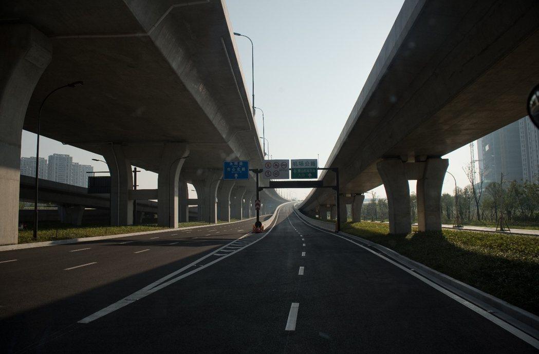G20期間,全杭州市放假一個星期,憑杭州市民身分證還能到鄰近風景區(例如黃山等)...
