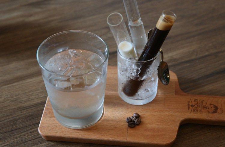 飲料大約有20多種可供消費者選擇。記者陳柏亨/攝影