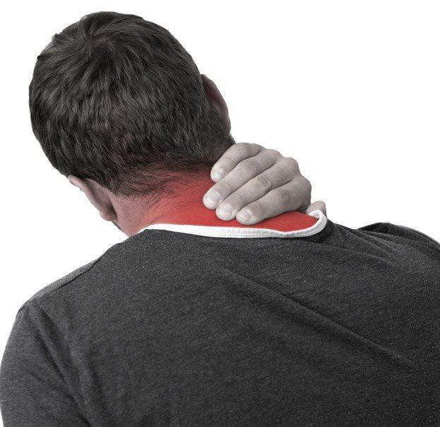 肌肉痠痛,民眾常用藥用貼布舒緩疼痛。此為示意圖。圖/ingimage
