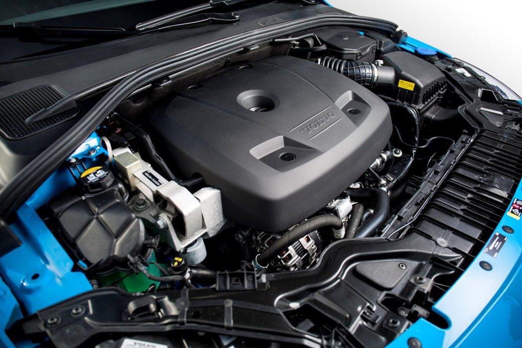VOLVO V60 Polestar搭載 Drive-E四缸渦輪增壓引擎,擁有最...