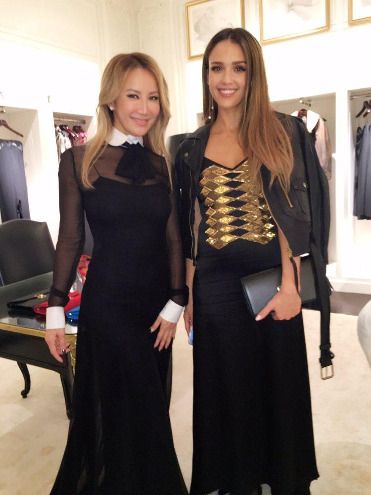 CoCo李玟受邀赴紐約時裝周,右為潔西卡艾芭。圖/李玟經紀公司提供