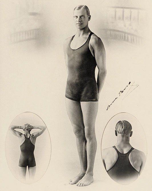 Speedo在1927年的廣告中,展示澳洲泳將 Arne Borg穿著泳衣,後背...