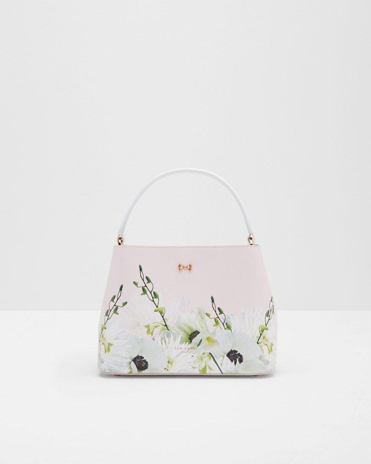 裸粉紅花紋提包,10,080元。圖/Ted Baker提供