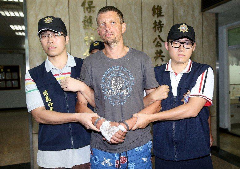 一銀盜領案遭臺灣警方逮捕的拉脫維亞籍男子安德魯(Peregudovs Andrejs)。 攝影/記者余承翰