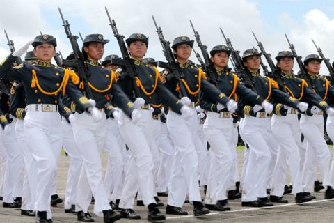 女權不是自助餐!女人當兵才是性別平等?