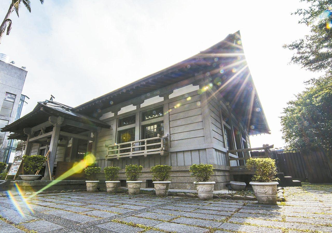 大溪木藝博物館公有館群,擁有歷史的建築別有風味。 記者呂筱蟬/攝影