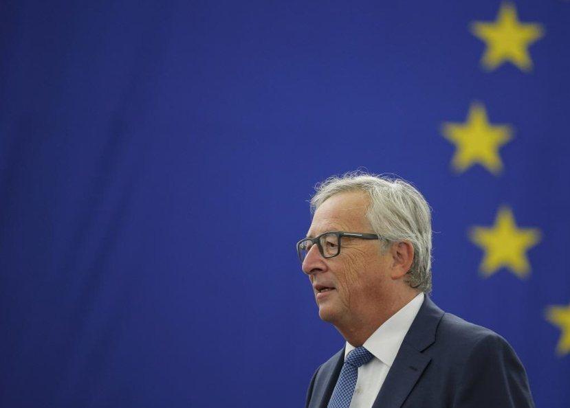梅克爾的貴人第一號:歐洲執行委員會主席容克,希望歐盟會員國能夠團結一致,共同分擔...