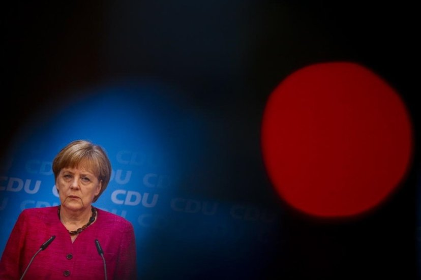 「德國鐵娘子」梅克爾,急遽惡化的難民問題可能造成政治領導危機。 圖/美聯社