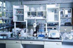 大三學生應該「進研究室」嗎?