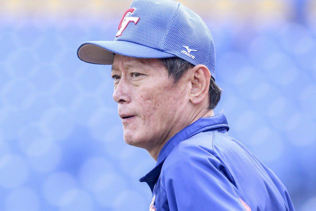 義大領隊王癸琳表示,郭泰源擔任經典賽教練,義大葉君璋教練相當支持。 報系資料照