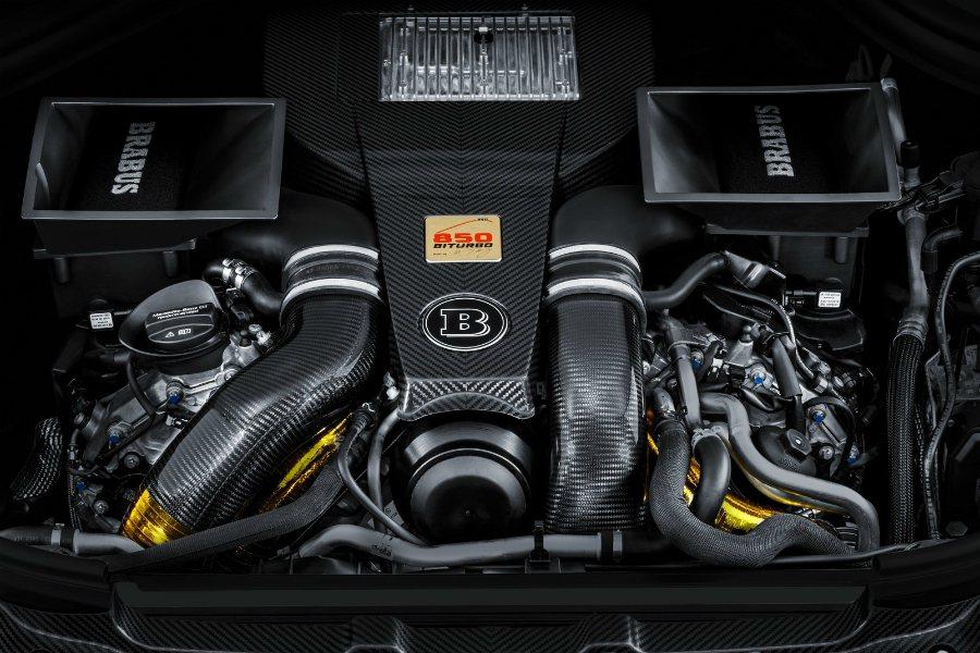經過 Brabus 精心調校後,這顆 AMG V8 雙渦輪增壓引擎的最大馬力來到...
