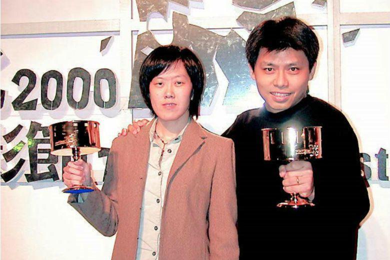 導演黃銘正以《城市飛行》奪得第三屆台北電影節獨立創作獎,與同年獲得最佳劇情片及最佳新人的導演陳芯宜留影。 圖/聯合報系資料庫